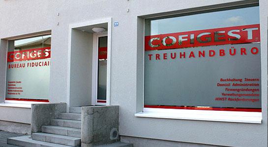 Schaufensterbeschriftung Cofigest Treuhandbüro