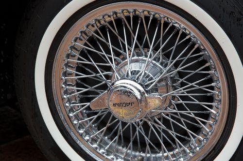 Jaguar Speichenrad