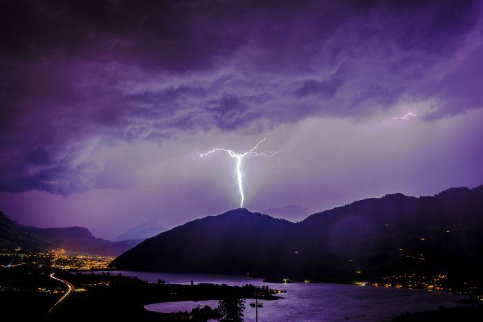Blitzeinschlag, Sommer Gewitter
